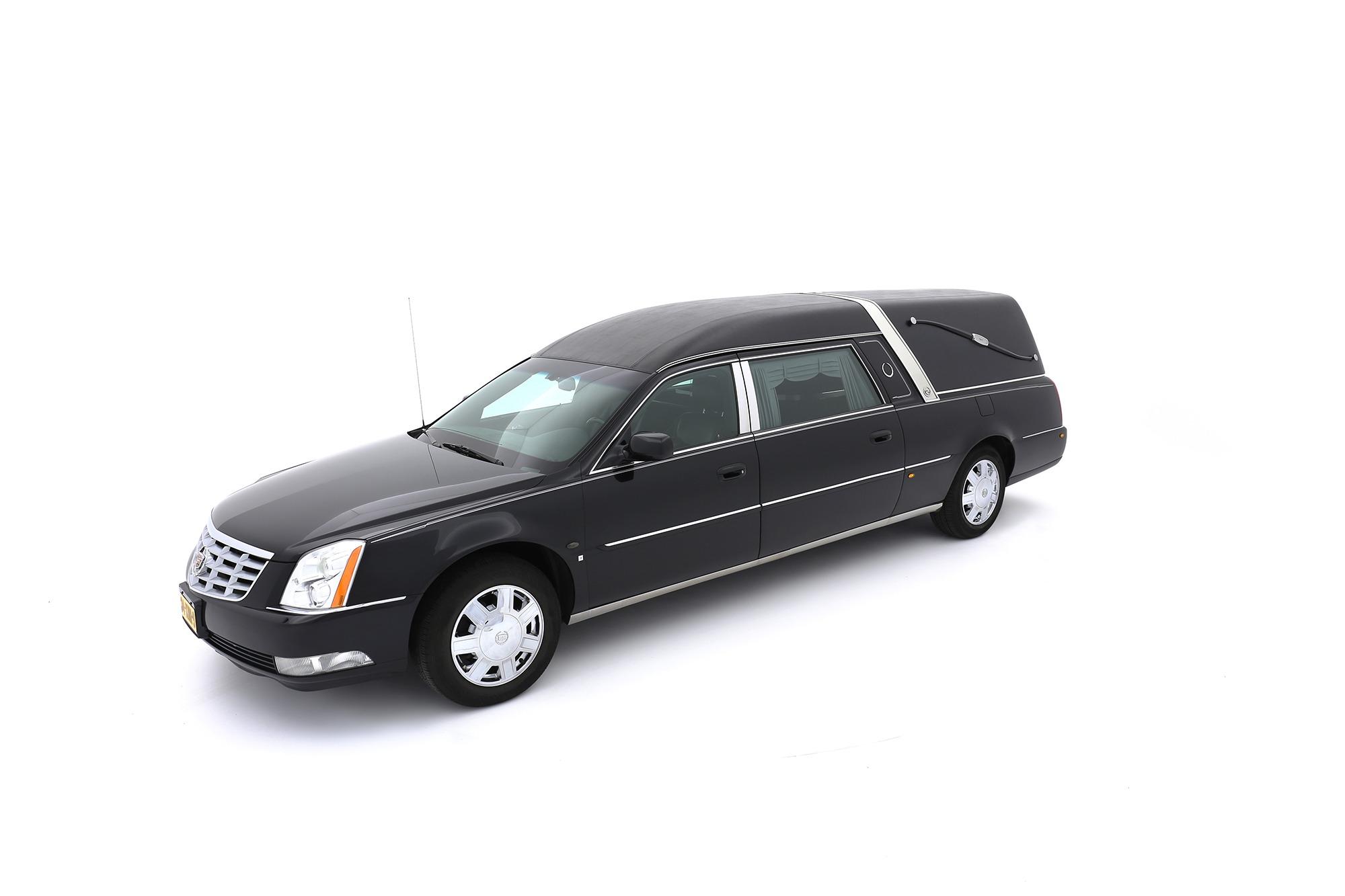 Cadillac DTS zwart